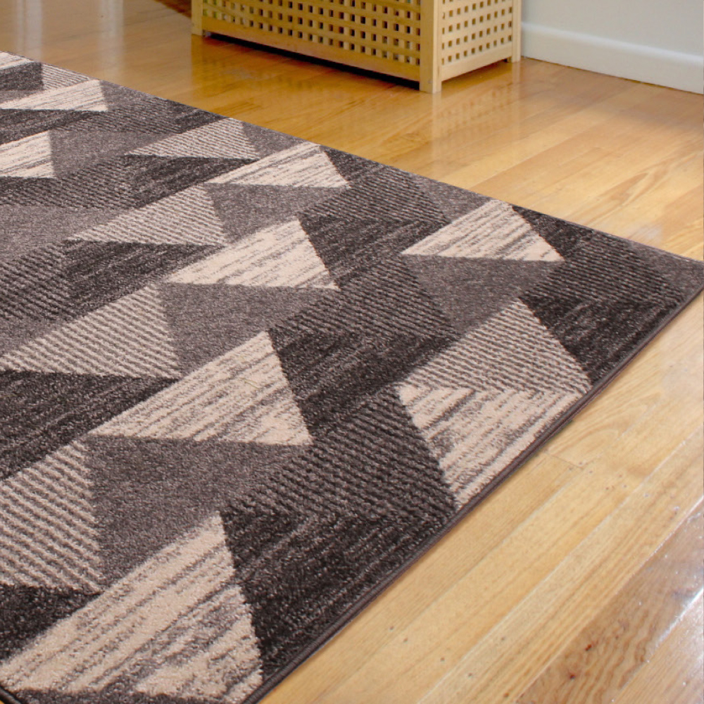 Spirit Triangle Grey Rug